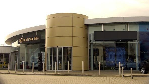 Lexus-External
