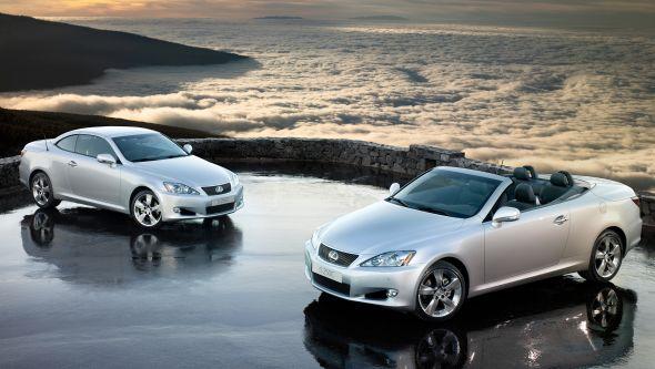 Lexus IS twins