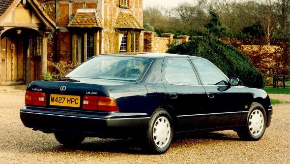 LS 400 rear