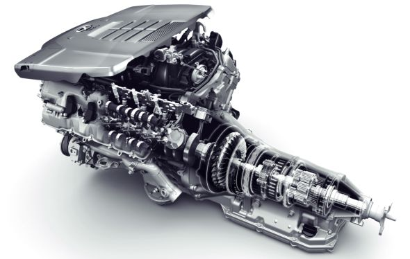 LS 460 engine and gearbox