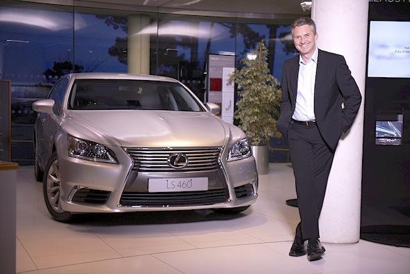 Paul van der Burgh with the Lexus LS