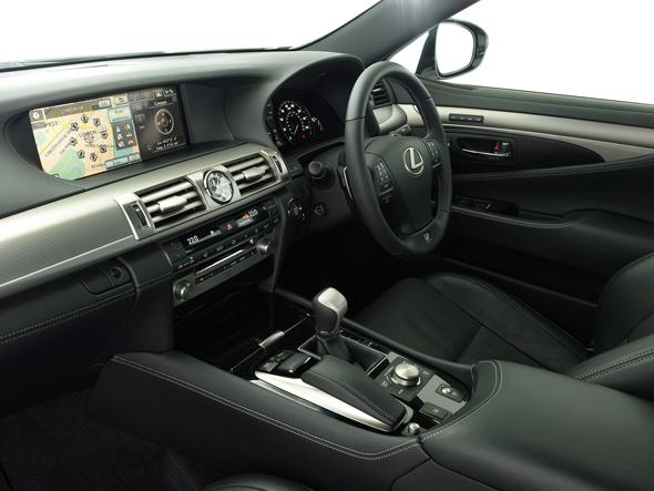 Lexus LS interior