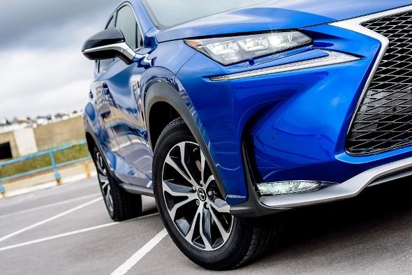 15 innovations of the Lexus NX headlight