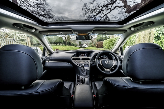 RX 450h Advance interior