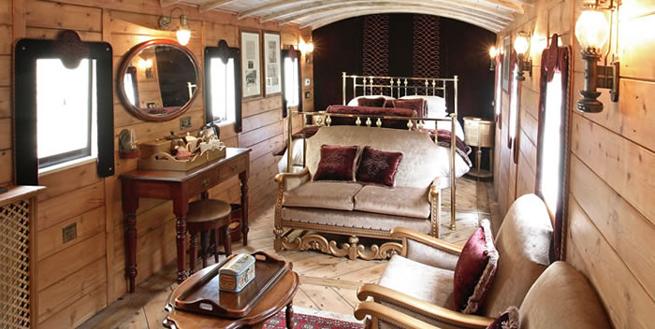 Railway Bedroom, the Hoste
