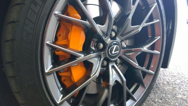 GS F wheels