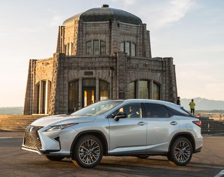 2016-Lexus-RX-200t 01