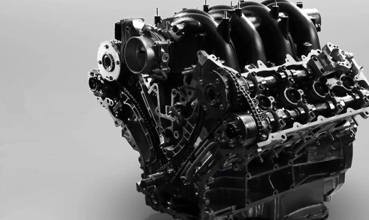 GS F engine 04