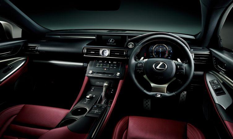 Lexus RC 02