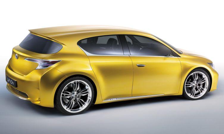 Lexus LF-Ch 01