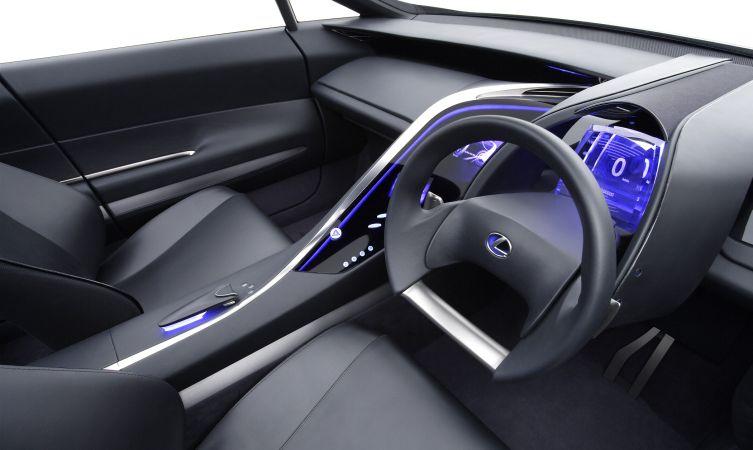 Lexus LF-Xh 02