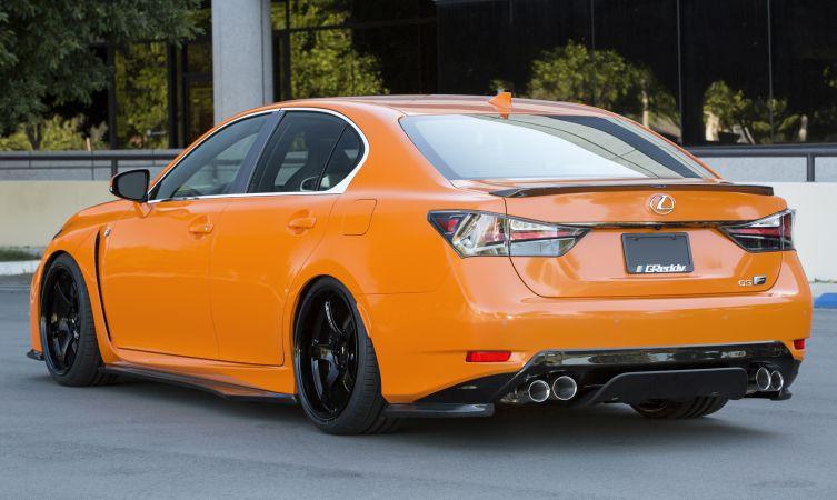 Lexus at SEMA 04