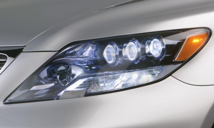 Lexus LEDs 02