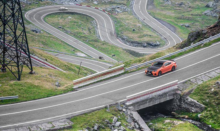 Lexus RC F Carbon in Romania 01