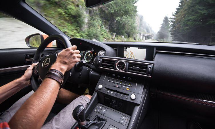 Lexus RC F Carbon in Romania 09