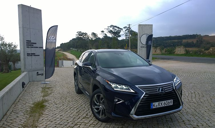 Lexus launch 10