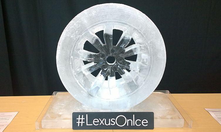 Lexus on Ice 02