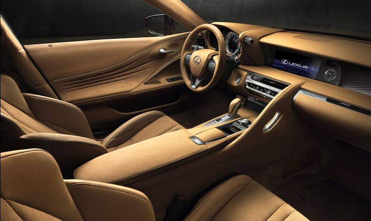 Lexus LC 500 interior 02