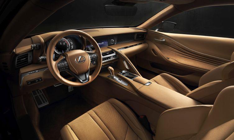 Lexus LC 500 interior 04