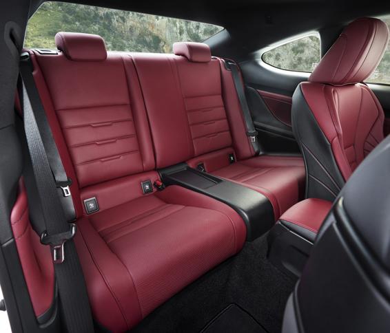 Lexus RC rear seats