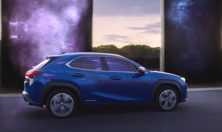 New Lexus UX advert – UX 300e