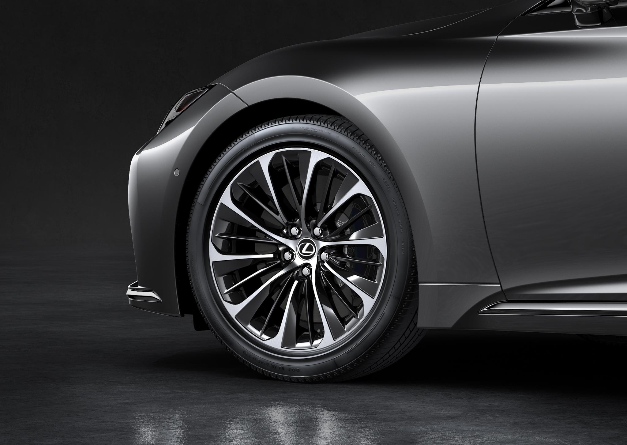 2021 Lexus LS wheel