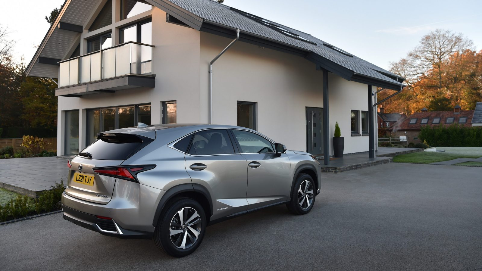 LEXUS NX PREMIER WITH PANORAMIC ROOF