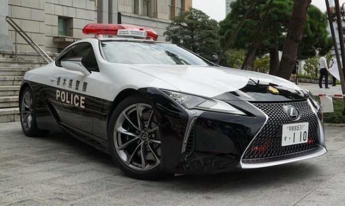 World of Lexus - Lexus LC police car