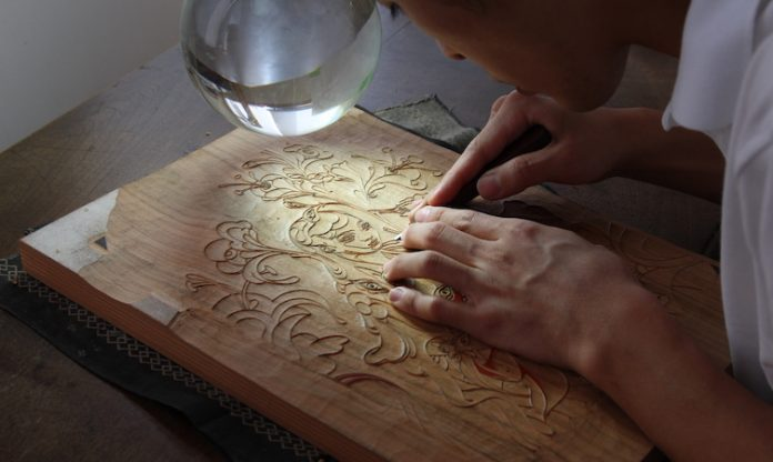 Carving process – The Editor - Ukiyo-e