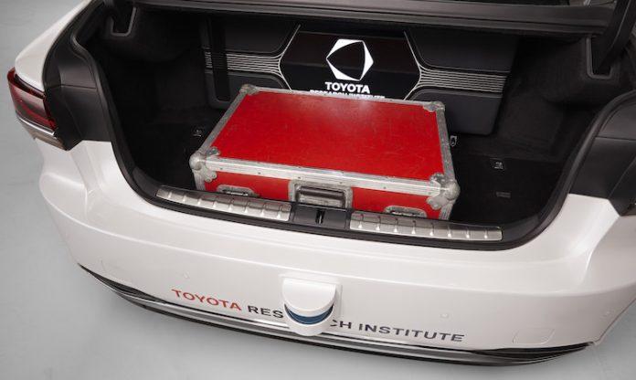 Lexus_LS_500h_TRI_autonomous_005