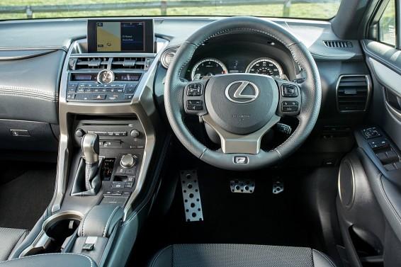 NX  200t interior