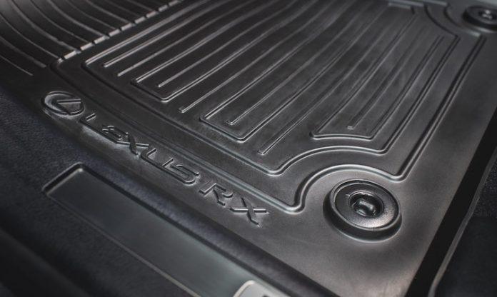 Lexus RX rubber floor mat