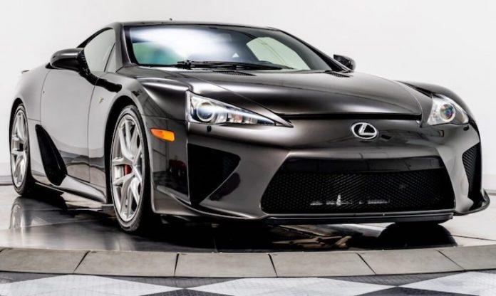 World of Lexus - Lexus LFA 'Brown Stone Metallic'
