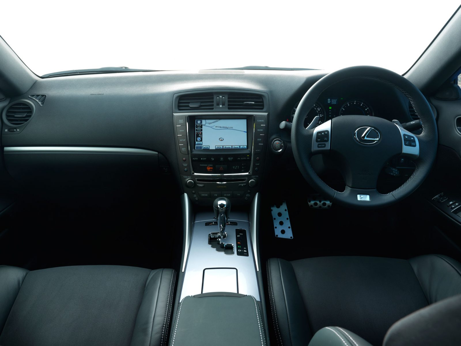 Lexus IS 250 interior twin-chamber front passenger airbag